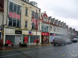 Whitley Road in Whitley Bay (16 December 2009)
