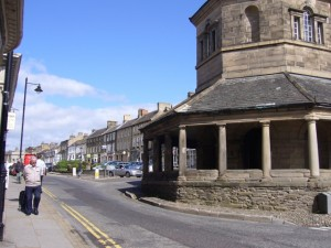 Market Cross, Barnard Castle (29 August 2009). Photograph by Graham Soult