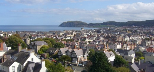 Llandudno from the Great Orme (20 Sep 2010). Photograph by Graham Soult