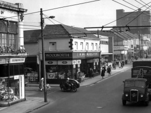 Closer up view of former Woolworths in Shields Road. Photo from Newcastle City Council, P&T Image Archive