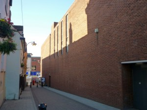 Side of former Woolworths, Tamworth (24 Aug 2010). Photograph by Graham Soult