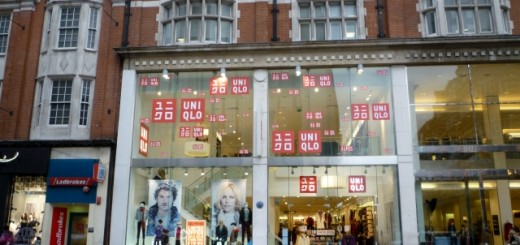 Former Woolworths (now Uniqlo), Kensington High Street (23 Nov 2010). Photograph by Graham Soult