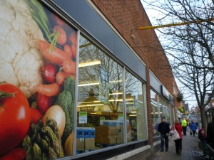 Haldanes store, Belper (23 Dec 2010). Photograph by Graham Soult