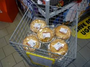 Woodhead apple pies at UGO Lundwood (11 Oct 2011). Photograph by Graham Soult