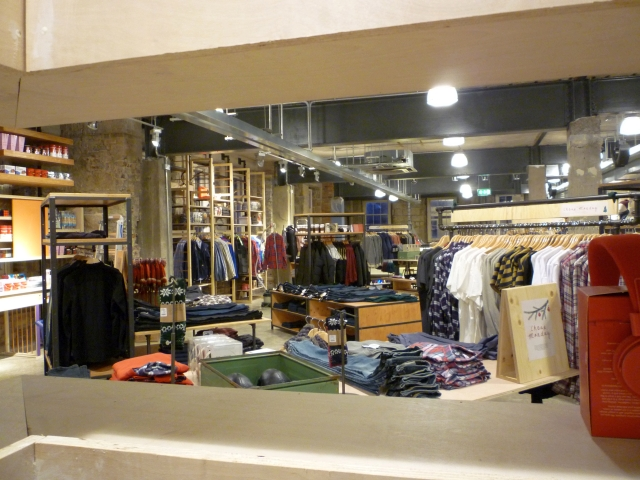 urban_outfitters_newcastle_preview_20111207_graham_soult103