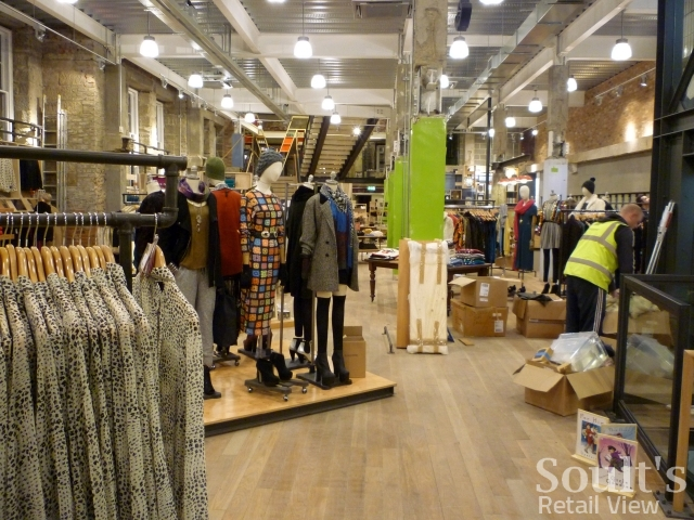 urban_outfitters_newcastle_preview_20111207_graham_soult27