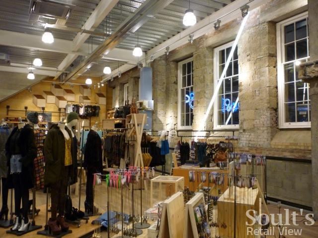 urban_outfitters_newcastle_preview_20111207_graham_soult45