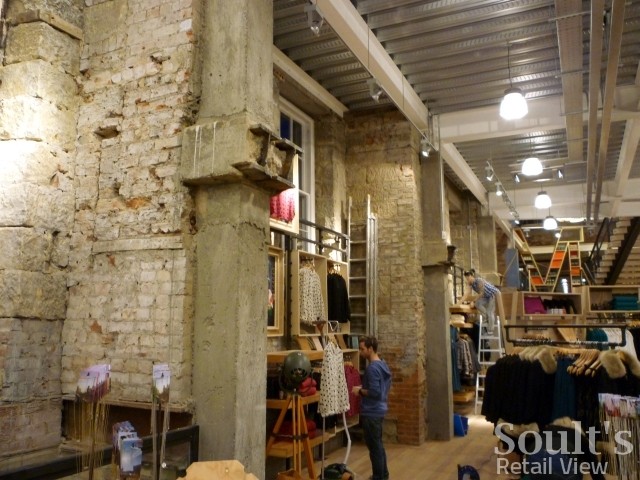 urban_outfitters_newcastle_preview_20111207_graham_soult48
