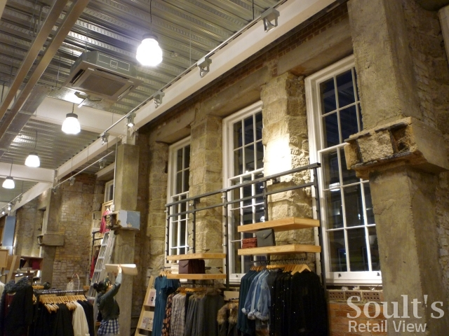 urban_outfitters_newcastle_preview_20111207_graham_soult52