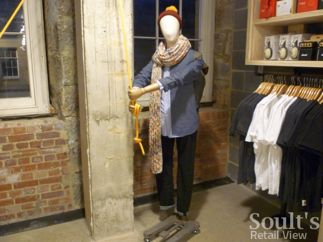 urban_outfitters_newcastle_preview_20111207_graham_soult81