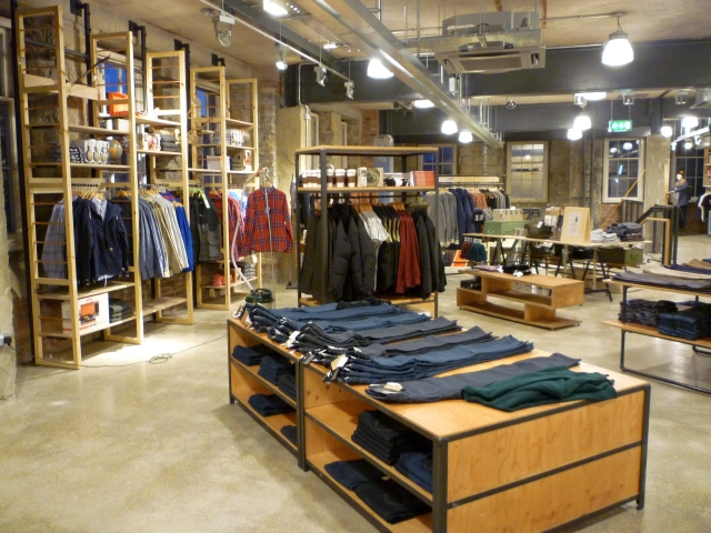 urban_outfitters_newcastle_preview_20111207_graham_soult95