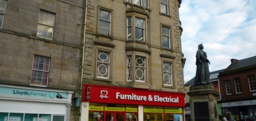 Former Woolworths (now British Heart Foundation), Leith (29 Jan 2012). Photograph by Graham Soult
