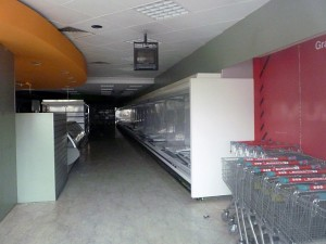 Closed-down Eurospar - subsequently reopened as Poundland - in Keynsham (9 Oct 2011). Photograph by Graham Soult
