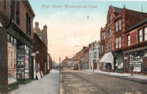 Early 1900s postcard view of Wallsend High Street, with later Woolworths site second from left