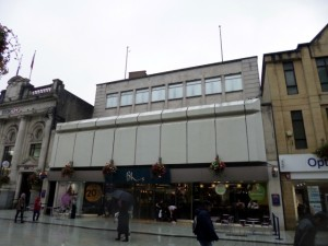 Former Woolworths (now BHS), Queen Street, Cardiff (17 Aug 2012). Photograph by Graham Soult