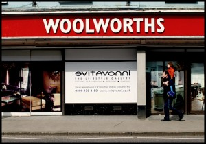 Woolworths, Farnham before Evitavonni's opening (1 Apr 2010). Photograph by James Delaney
