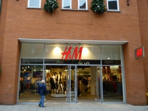 Ex-Woolworths (now H&M), Chesterfield (10 Nov 2011). Photograph by Graham Soult