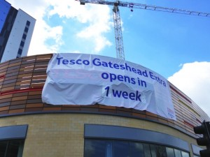 Countdown to Tesco opening (17 May 2013). Photograph by Graham Soult