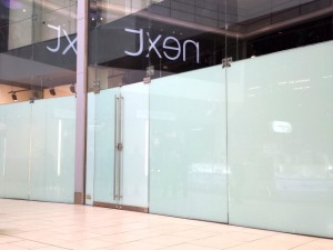 Eldon Square Guess store shortly after closure (10 Sep 2013). Photograph by Graham Soult