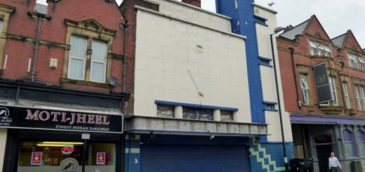 Former Mecca club in Wallsend - soon to be a Wetherspoon pub (21 Jun 2014). Photograph by Graham Soult